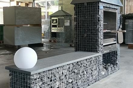 grill backofen und cheminee im steinkorbdesign von steinkorb kemmerizopfen. Black Bedroom Furniture Sets. Home Design Ideas